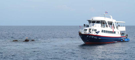 similan islands liveaboard